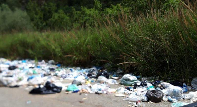 Località Celantonio di Vena Media alle prese con una montagna di rifiuti