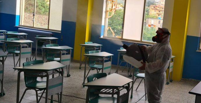 Covid, scuole nel caos a Vibo: chiuso l'asilo nido, nuovi screening in elementari e medie