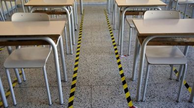 Covid, contagi in classe: scuole chiuse a Nicotera e Joppolo