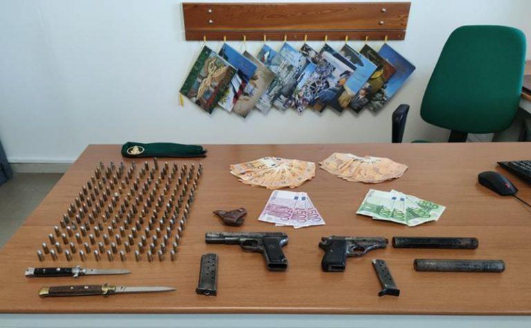 Armi: pistole e munizioni a Tropea, un arresto – Video
