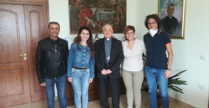 """""""Regina del Cielo"""", Papa Francesco omaggia l'autore del brano dedicato alla Madonna"""