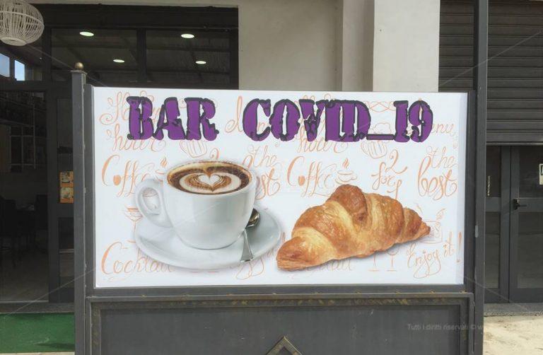 """Tra ironia e riflessione a Vibo spunta il bar """"Covid-19"""""""