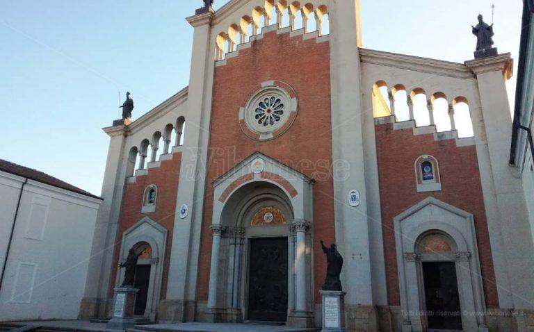 Mileto festeggia i 90 anni della basilica cattedrale