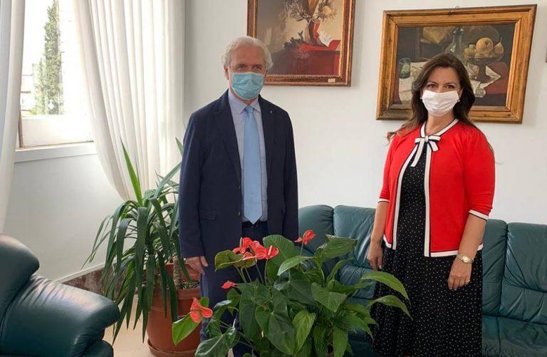 Vibo, il console rumeno Lucretia Tanase in visita alla città