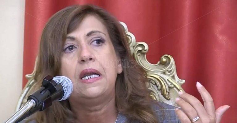 Marisa Manzini torna a Vibo per parlare delle donne di 'ndrangheta – Video