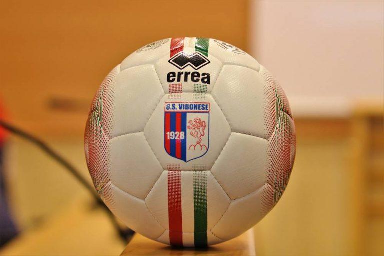 Sei calciatori della Vibonese positivi al Covid, rinviata la sfida con il Catania – Video