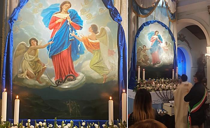 Favelloni, la comunità accoglie la tela della Madonna che scioglie i nodi