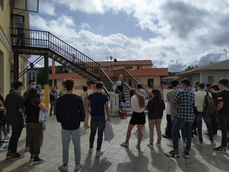 """Incendio a San Gregorio, didattica sul campo per gli studenti del """"Berto"""""""