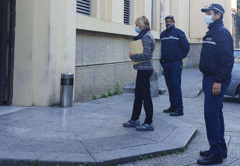 Disservizi nella raccolta rifiuti, il sindaco di Vibo porta le carte in Procura