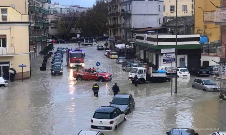 Alluvione di Crotone, i Vigili del fuoco di Vibo inviano uomini e mezzi