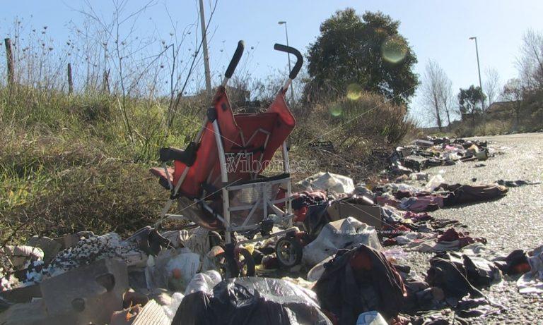 Vibo Valentia, i rifiuti post-natalizi: benvenuti nella provincia infestata dagli zozzoni impuniti