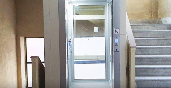 Liceo Morelli di Vibo, l'ascensore per gli studenti disabili è realtà