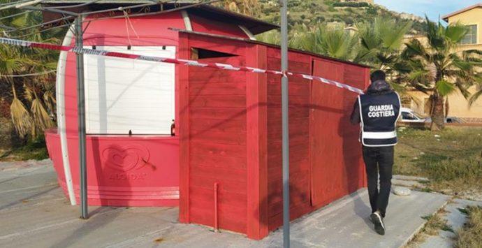 Chiosco bar abusivo a Nicotera Marina, ordinata la demolizione
