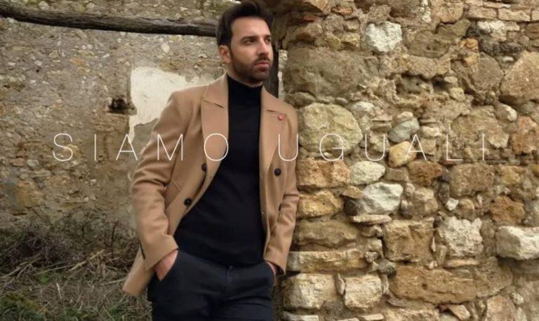 """""""Siamo uguali"""", Pasquale Ficchì torna sulla scena con un nuovo singolo – Video"""