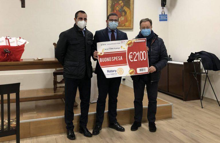 Oltre 2mila euro in buoni spesa dal Rotary di Vibo ai bisognosi