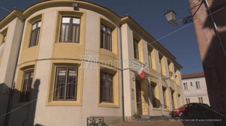 Covid a scuola: alunni positivi alla De Amicis e alla De Maria di Vibo Marina, classi in quarantena