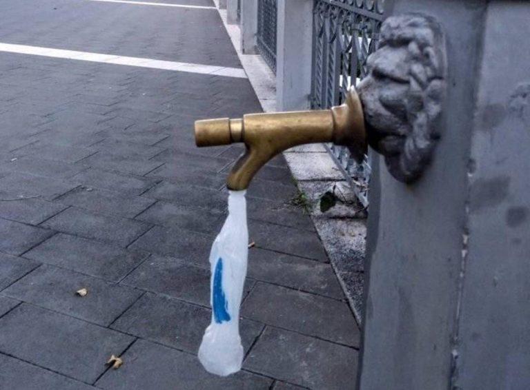 Caro-acqua a Vibo, ironia e proteste corrono sui social