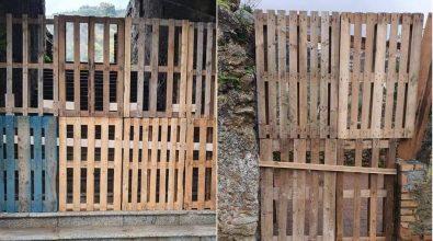 Sconcerto a Soriano: bancali in legno al posto dei cancelli del Complesso monumentale