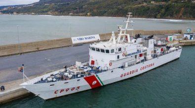 Guardia costiera, il pattugliatore Alfredo Peluso ormeggiato al porto di Vibo Marina