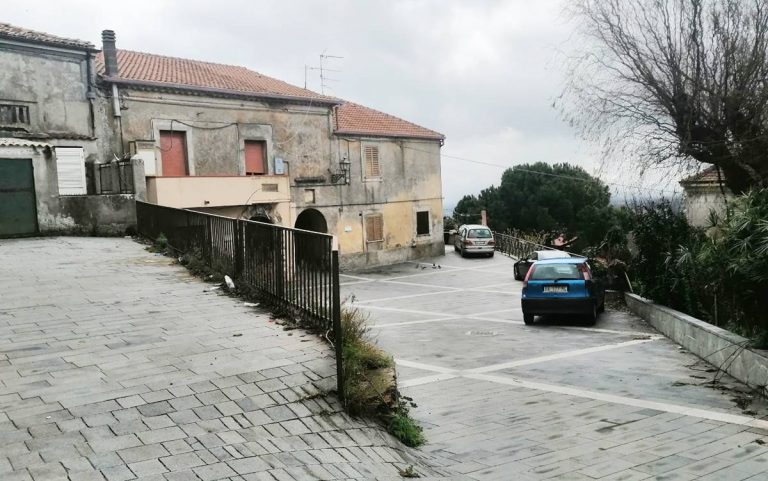 Rione Carmine off limits per le ambulanze, interrogazione di Vibo democratica