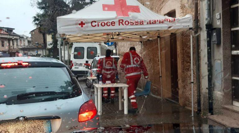 """Nove """"casi dubbi"""" a Stefanaconi, sospesa la decisione sulla riapertura delle scuole – Video"""