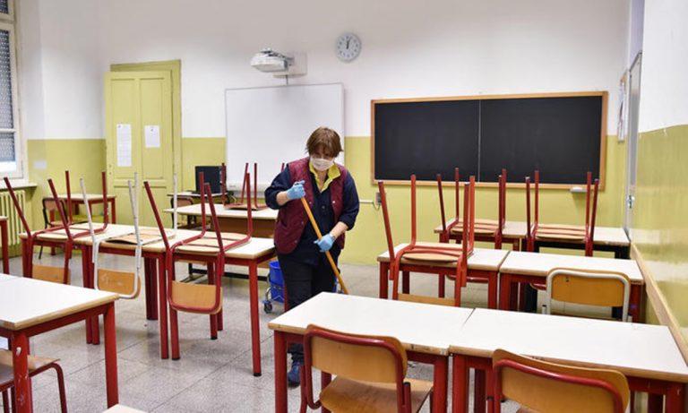 Chiusura scuole, i sindacati smentiscono Spirlì: «No a stop generalizzato»