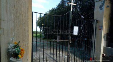 Cimitero di Tropea, cittadini sotto shock controllano che le tombe dei propri cari siano integre