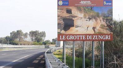"""Zungri, l'Anas promuove le """"Grotte degli sbariati"""" sui cartelloni dell'A2"""