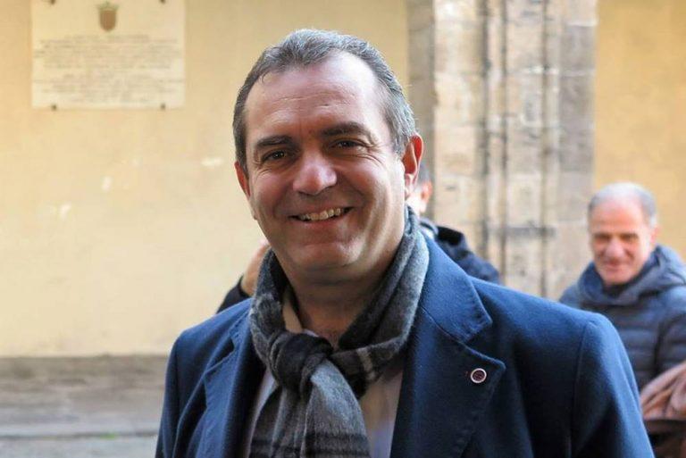 De Magistris in tour nel Vibonese: tappe a Vibo e Serra San Bruno