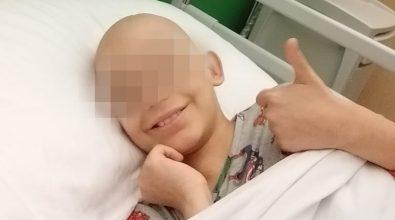 Raccolti oltre 50mila euro per il piccolo Matteo reso cieco da un tumore. Il suo grazie in un audiomessaggio – Video