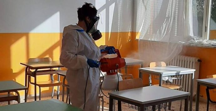 Filogaso: sanificate le scuole, scendono a quattro i casi positivi