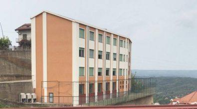 Una docente e due alunni positivi al Covid, chiuse le scuole di Sorianello