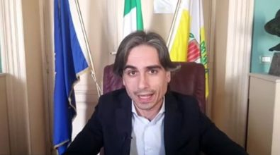 Vaccini dirottati a Reggio bloccati dai sindaci, Falcomatà: «Guerra tra poveri che danneggia tutti»