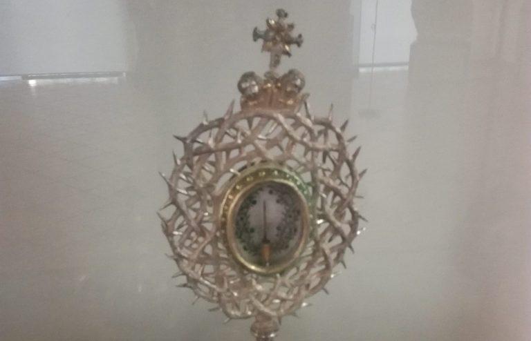Settimana Santa, a Mileto una delle sacre spine della corona di Cristo