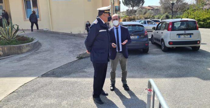Mileto, aggressione al vicecomandante di Polizia municipale