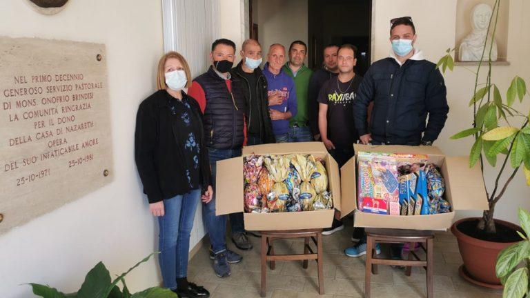 Pasqua e solidarietà: uova e giochi di società per Casa di Nazareth