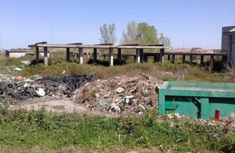 Discarica dell'ex Foro boario di Vibo, continuano gli sversamenti abusivi