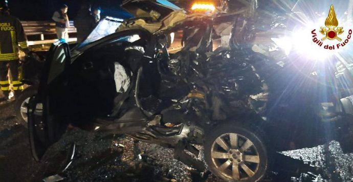 Incidente in autostrada tra Mileto e Serre, tre i feriti