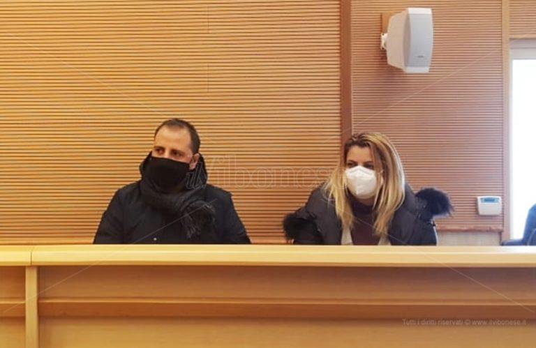 Pd in frantumi a Vibo, annunciata una raccolta firme per la rimozione di Graziano