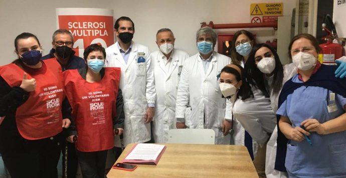 Vibo, vaccinati oltre 100 pazienti affetti da sclerosi multipla