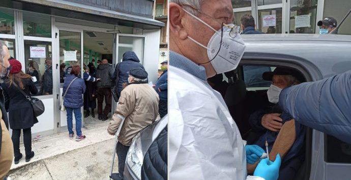 Campagna vaccinale nel Vibonese, anche un centenario di Vazzano immunizzato oggi