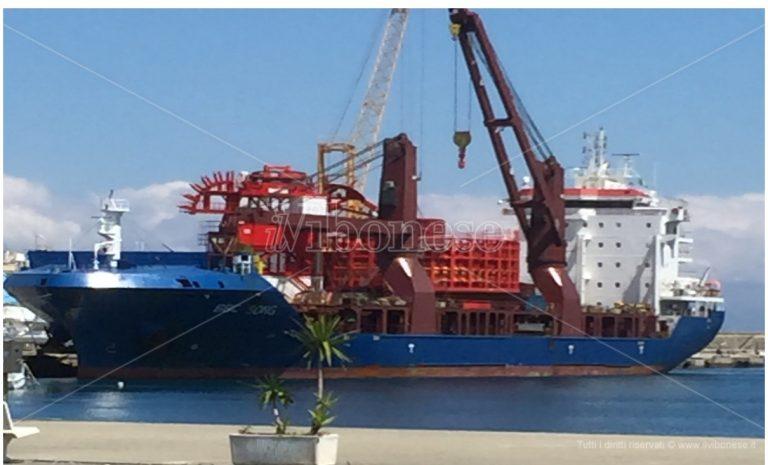 """In porto il cargo """"BBc Song"""" imbarcherà macchinari prodotti dallo stabilimento di Vibo Marina"""