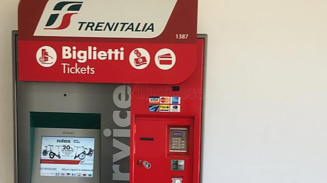 Nuova biglietteria automatica alla stazione di Vibo Marina ma già si temono atti vandalici