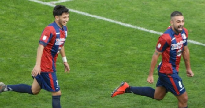Serie C, la Vibonese batte per 2 a 0 l'Avellino e conquista 3 punti d'oro