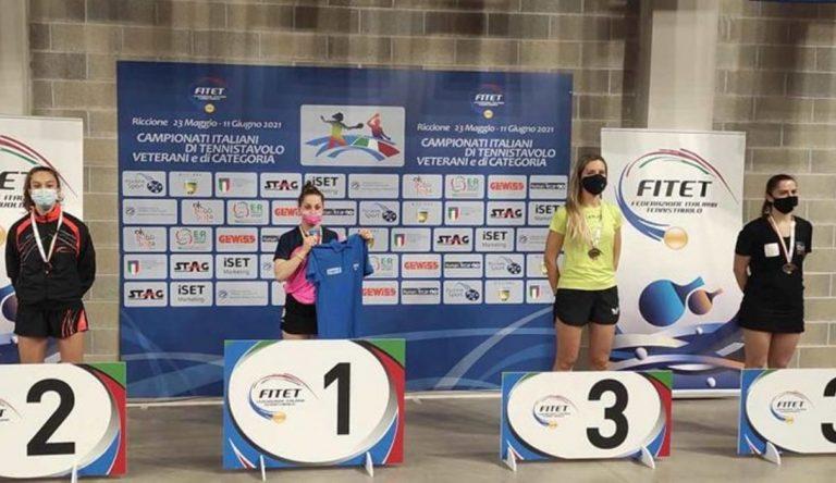 Miriam Carnovale medaglia d'argento nel campionato italiano di tennistavolo