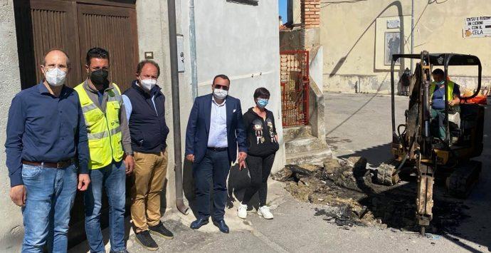 Acqua contaminata a Vena Inferiore, partono i lavori sulla rete idrica