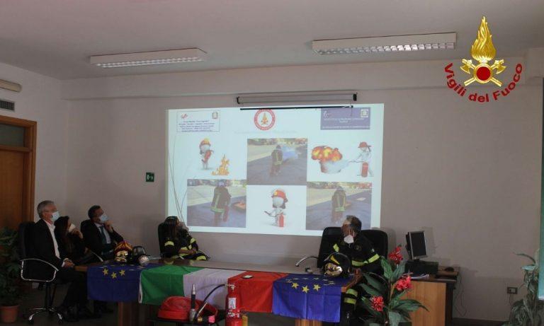 Sicurezza nelle scuole, stipulata convenzione tra Vigili del fuoco e istituti di Vibo
