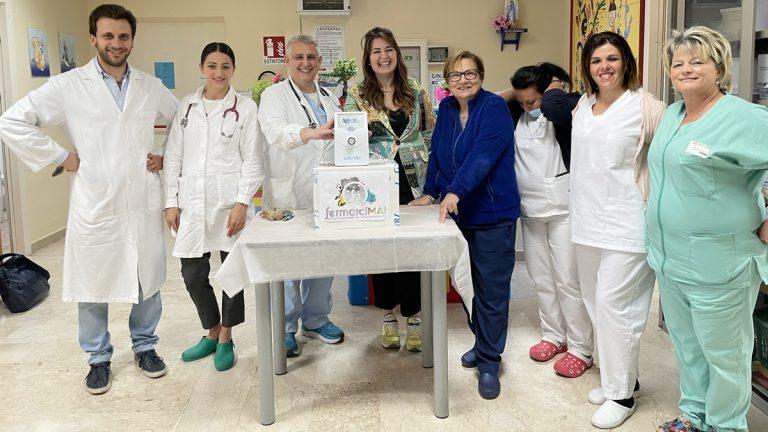 Vibo, dispositivo per la misurazione dell'ittero in dono al reparto di Pediatria