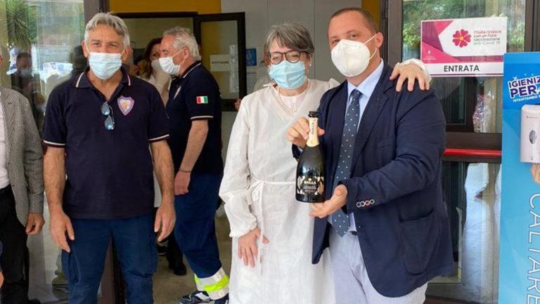 360 vaccini a Dasà per il Vax day, il sindaco Scaturchio: «Qui le cose funzionano»
