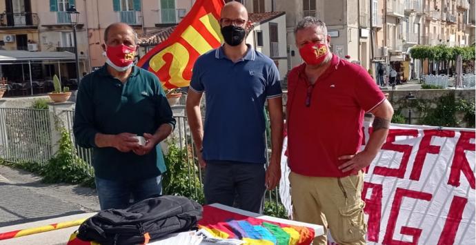 """""""Mai più sfruttamento stagionale"""", a Tropea la prima tappa della campagna di Usb"""